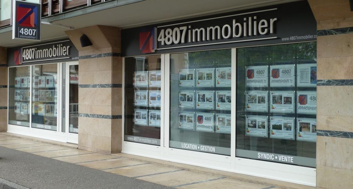 vitrine agence immobilière St-Julien-en-Genevois
