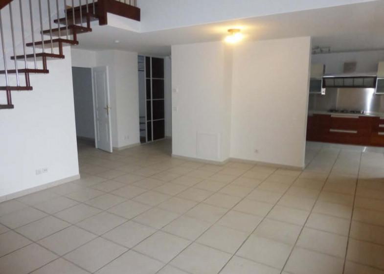 Appartement T5 à louer à Andilly