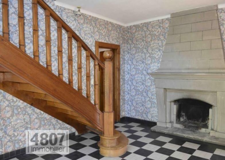 Maison T16 à vendre à Bonneville