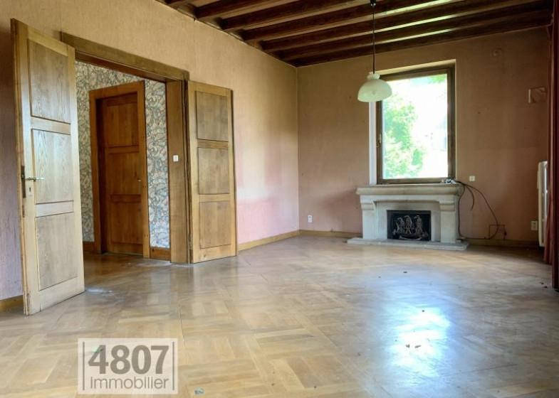 Maison T10 à vendre à Bonneville